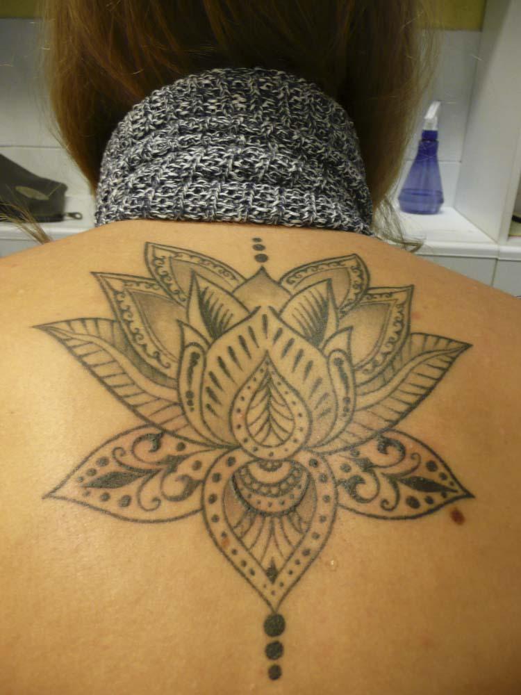 stargate-tattoo-muenchen_tattoo-black-and-white-impressionen-14