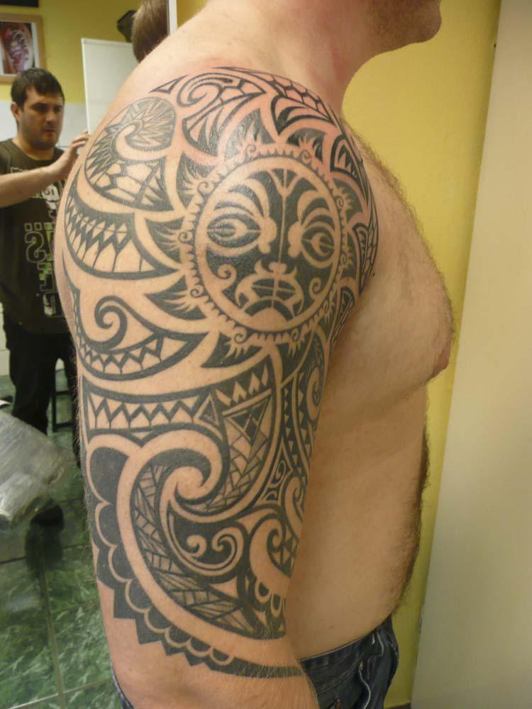stargate-tattoo-muenchen_tattoo-black-and-white-impressionen-24